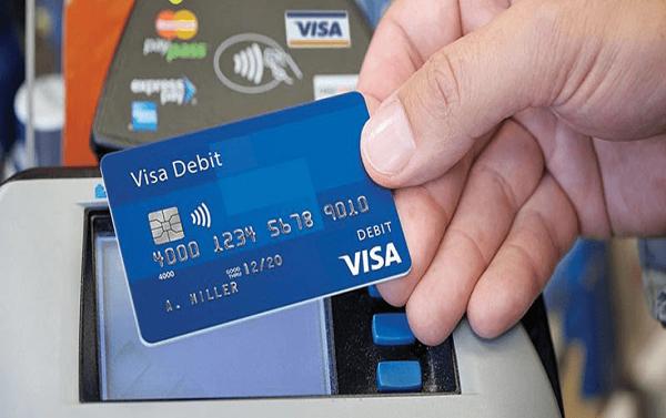 ưu nhược điểm thẻ ghi nợ