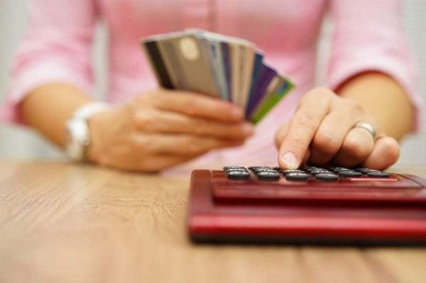 xen số nợ tối thiểu thẻ tín dụng ở đâu