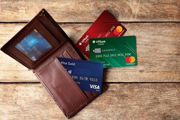 lluw ý khi sử dụng thẻ tín dụng