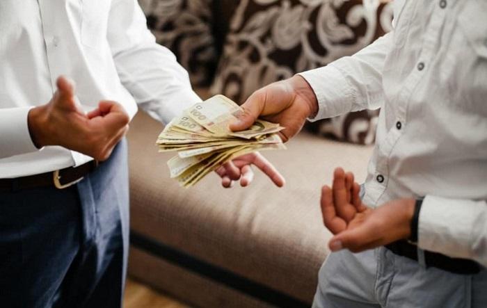 cách trả lời của người thông minh và kẻ sĩ diện khi được hỏi vay tiền