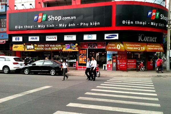 FPT Shop mua điện thoại trả góp