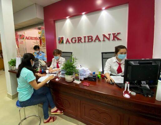 giờ làm việc ngân hàng Agribank